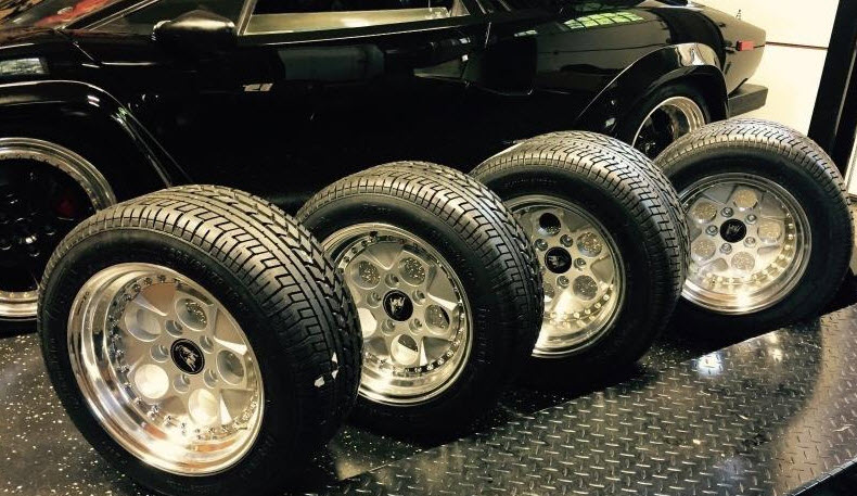 lamborghini-countach-25th-anniversary-oz-wheels-4