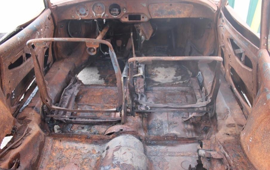 porsche-356-1958-rust-bucket-11