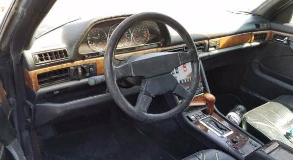 mercedes-1991-560-sec-amg-4