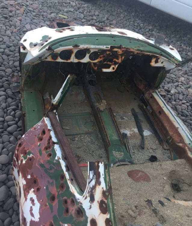 dirtyoldcars.com 1965 Porsche 356 Basket Case Found in Phoenix 3