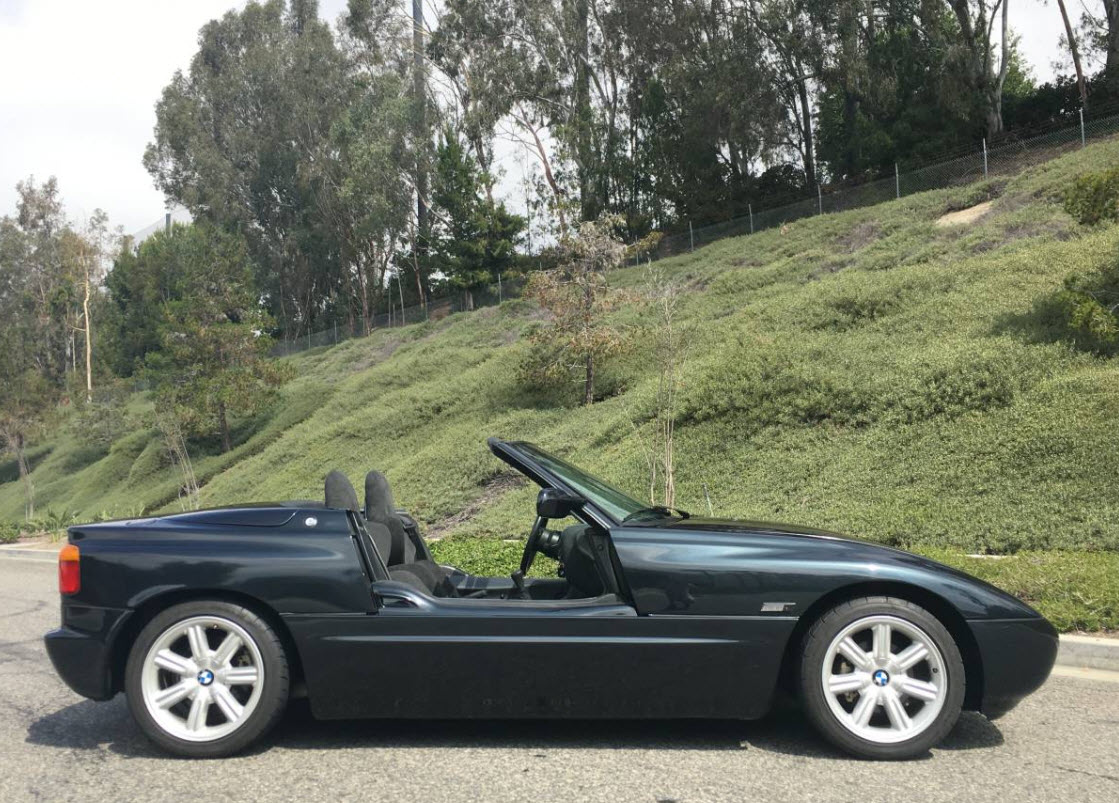 dirtyoldcars.com 1990 BMW Z1 Convertible Found in San Diego California 11