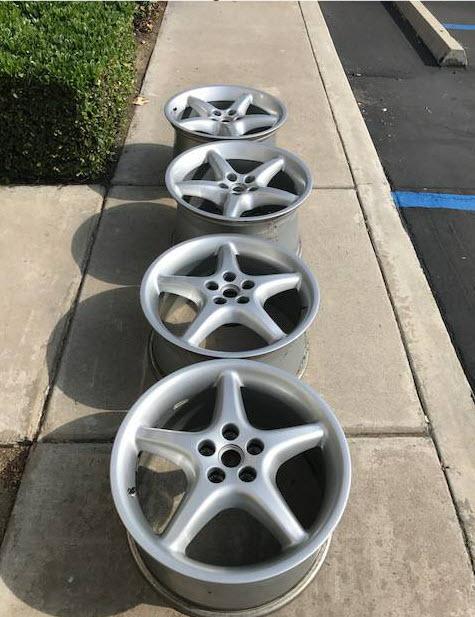 dirtyoldcars.com Ferrari 550 Maranello Wheels Found in Ontario California 6