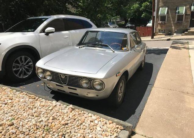 dirtyoldcars.com 1972 Alfa Romeo GTV 2000 Found in Manayunk Pennsylvania 9