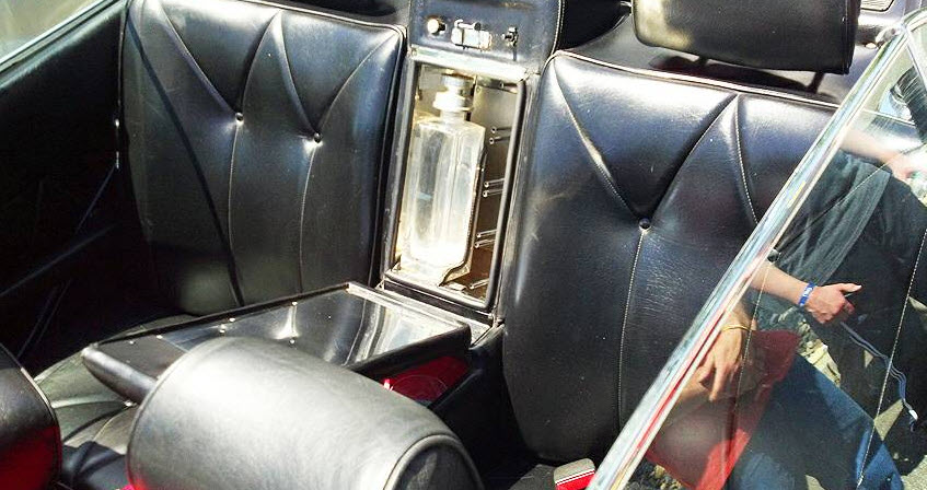 dirtyoldcars.com 1984 Mercedes 500SEL Convertible Caruna Conversion Found in New York 4