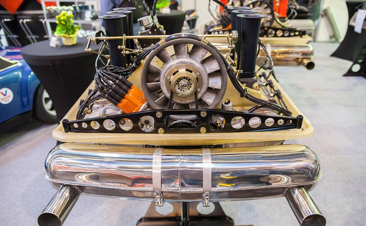 dirtyoldcars.com Porsche 911 RSR 4.0 Liter Twin Plug MFI Engine Found in Germany 12