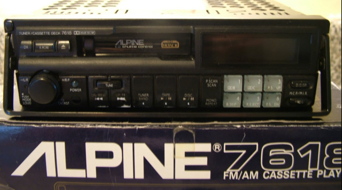 dirtyoldcars.com Looking For Alpine 7168 Car Stereo 2