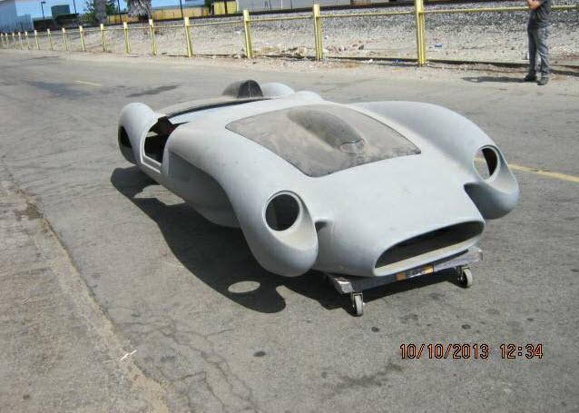 dirtyoldcars.com Ferrari TR Fiberglass Body Found in Long Beach 6