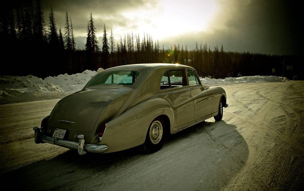 dirtyoldcars.com Elvis Presley's 1963 Rolls Royce Phantom V 2
