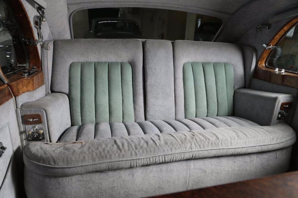 dirtyoldcars.com Elvis Presley's 1963 Rolls Royce Phantom V 8