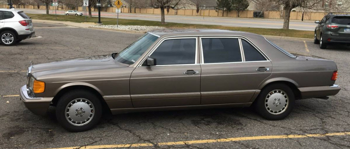 dirtyoldcars.com Mercedes 560 SEL With Rare Seating Option Found in Denver 6