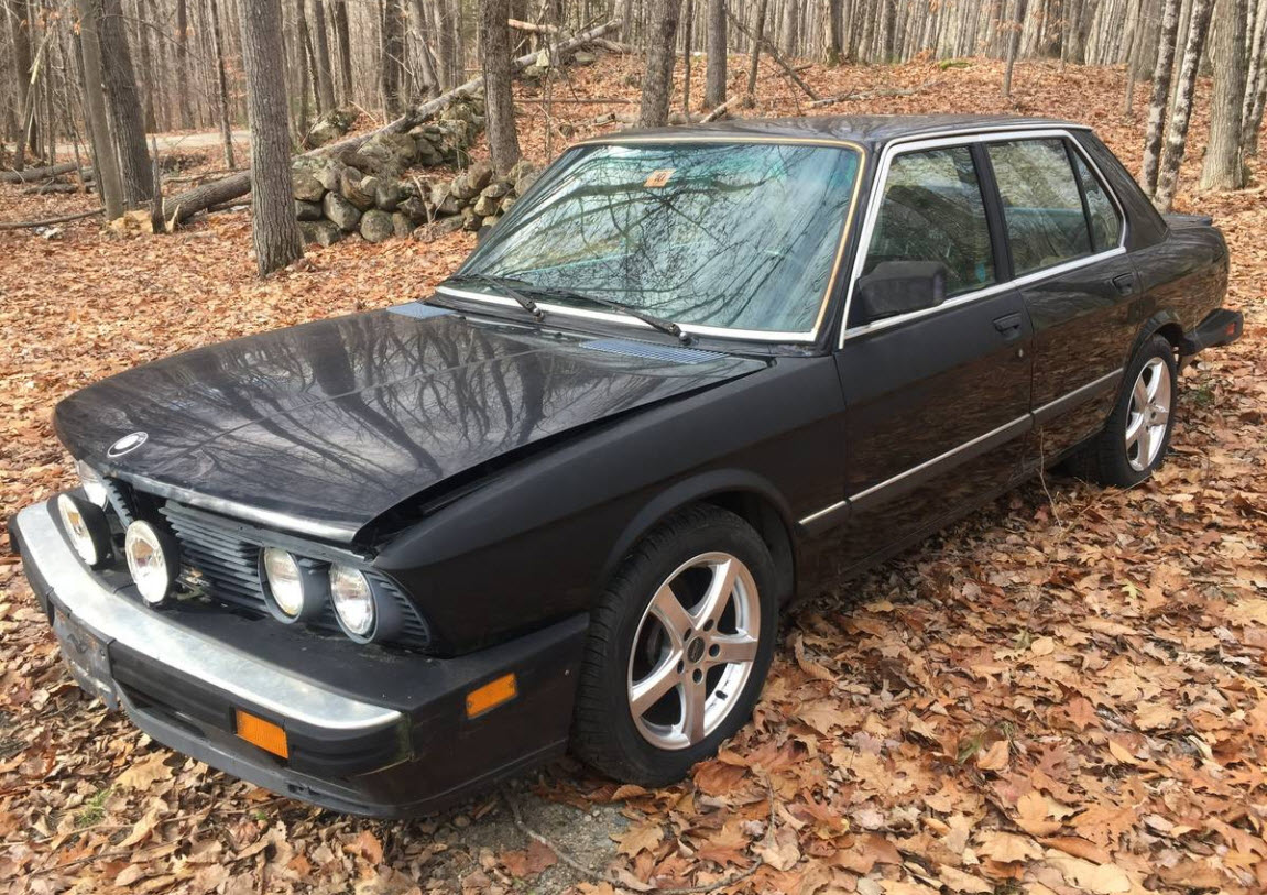 dirtyoldcars.com  1988 BMW E28 M5 Found in Maine   8