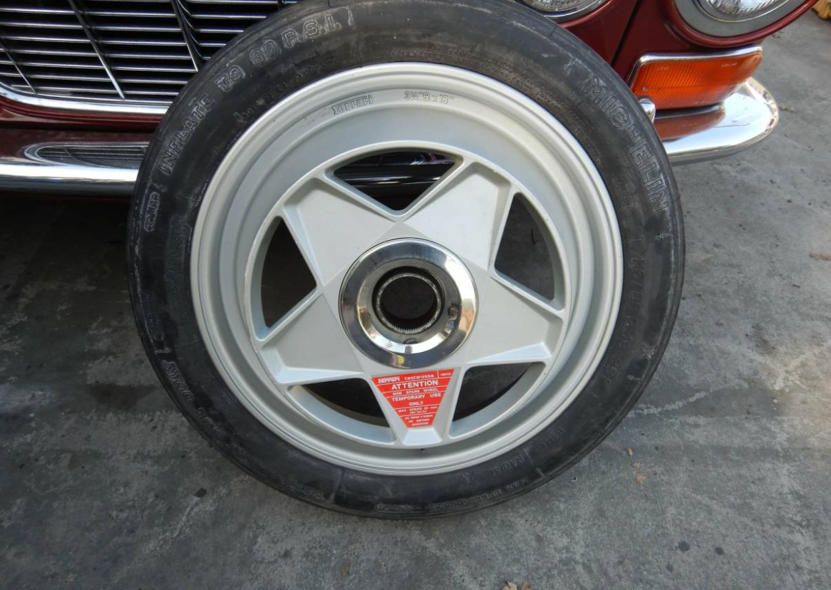 dirtyoldcars.com   Ferrari Testarossa Center Lug Spare Wheel Found in Los Angeles   1