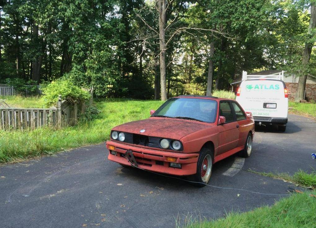 dirtyoldcars.com 1990 BMW M3 Found in Boston 4
