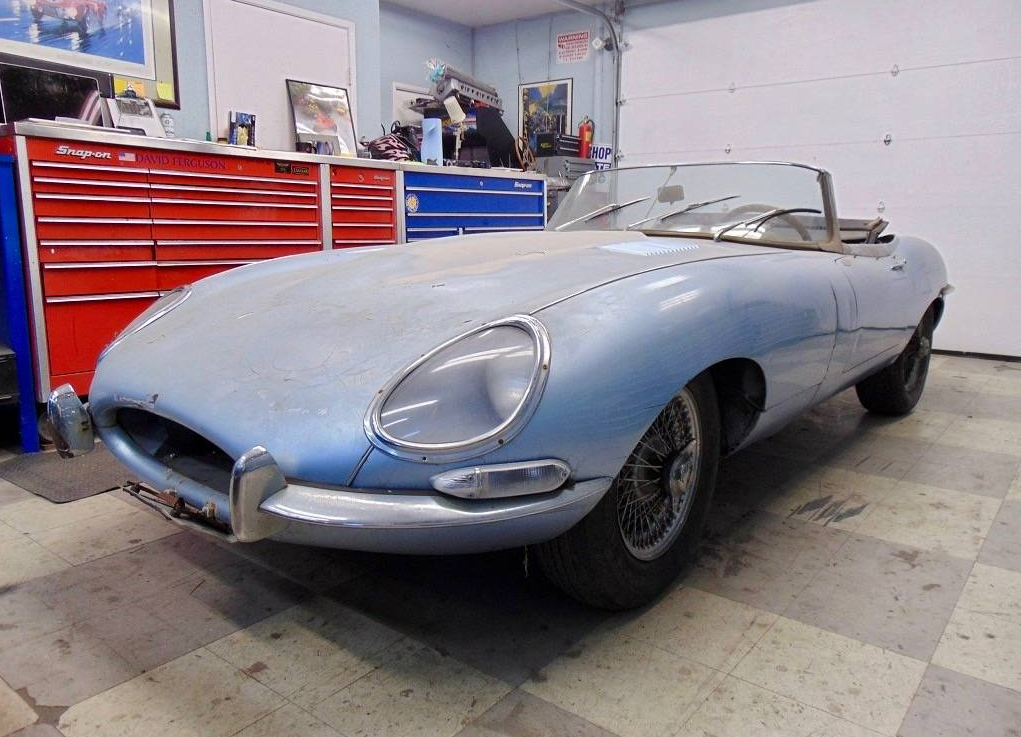 dirtyoldcars.com 1964 Jaguar E-Type Roadster Found in San Francisco 11