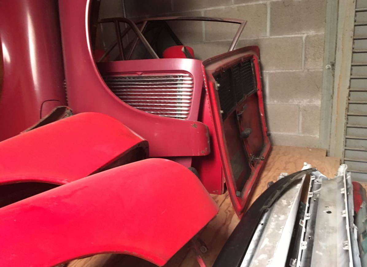dirtyoldcars.com  1969 Porsche 911 Factory Fenders  Hood  Bumpers Found San Francisco  3