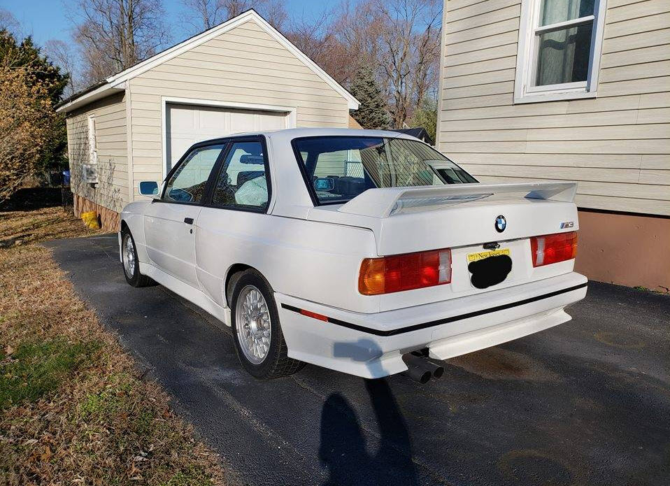 dirtyoldcars.com  bmw e30 m3 white fort wayne new jersey  1