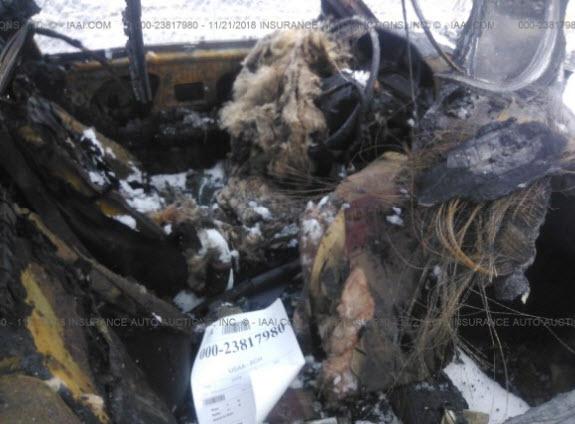 dirtyoldcars.com 1988 BMW M3 E30 Fire Damage 4