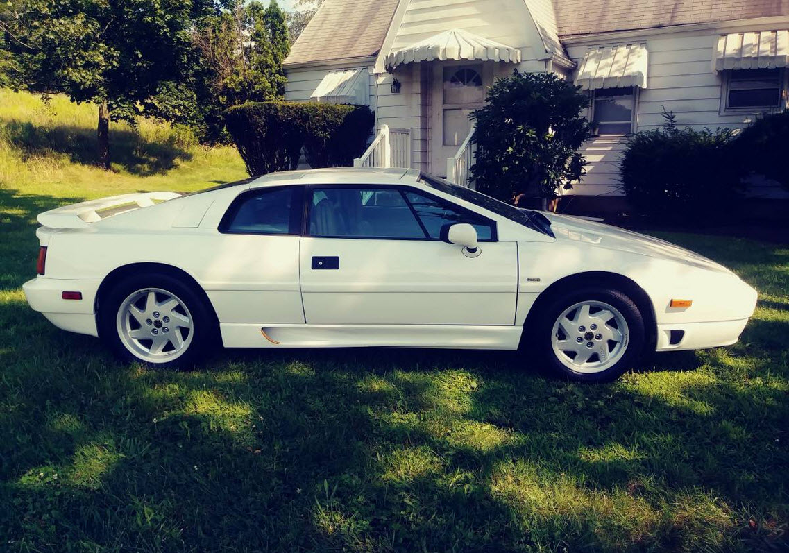 dirtyoldcars.com 1989 Lotus Esprit Turbo SE White Found in New Jersey 10