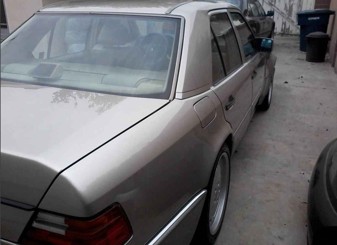 dirtyoldcars.com 1992 Mercedes 500E w124 Found in Los Angeles 5