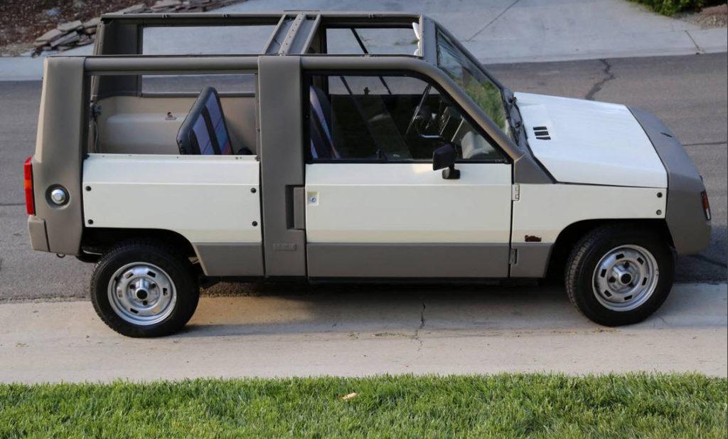 dirtyoldcars.com  1984 Renault Rodeo  Hidden Hills California  3