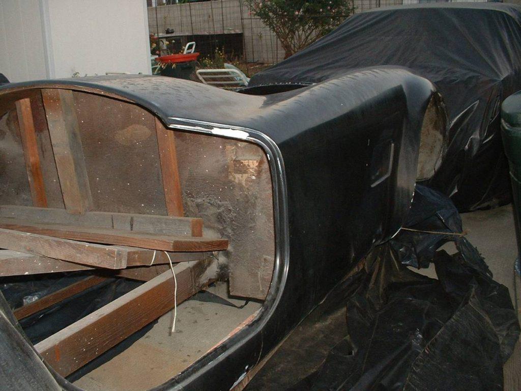 dirtyoldcars.com  AC Cobra Mold  1
