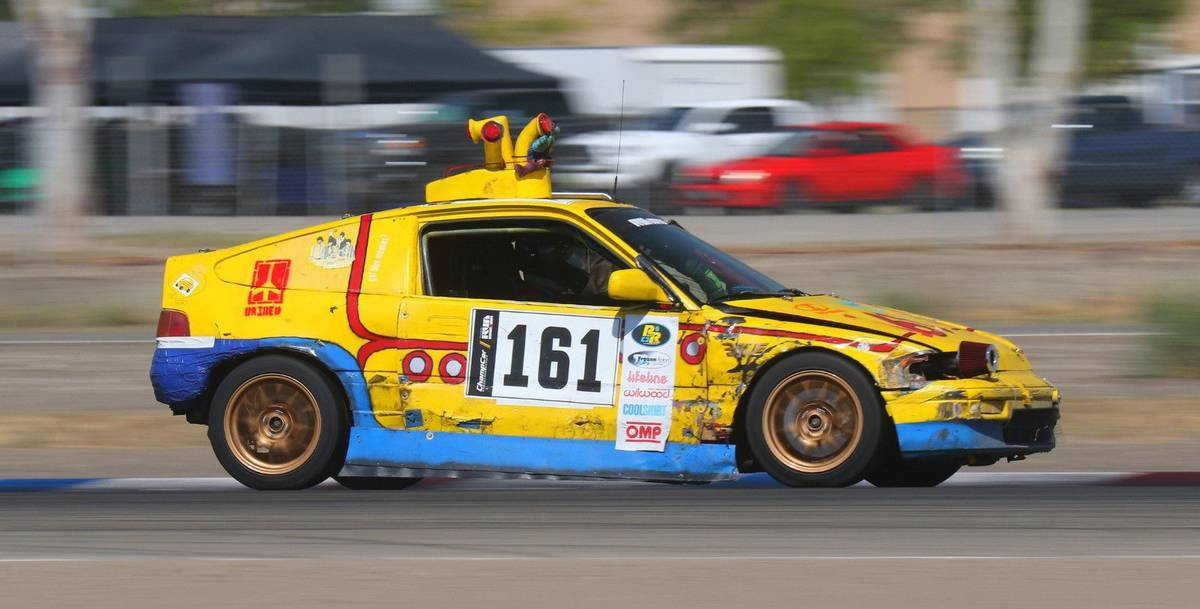 dirtyoldcars.com 1989 Honda Civic CRX SI Yellow Submarine Race Car Lemons Champ 6