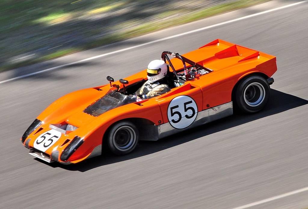 Lola T212 race car daytona race history arizona 4