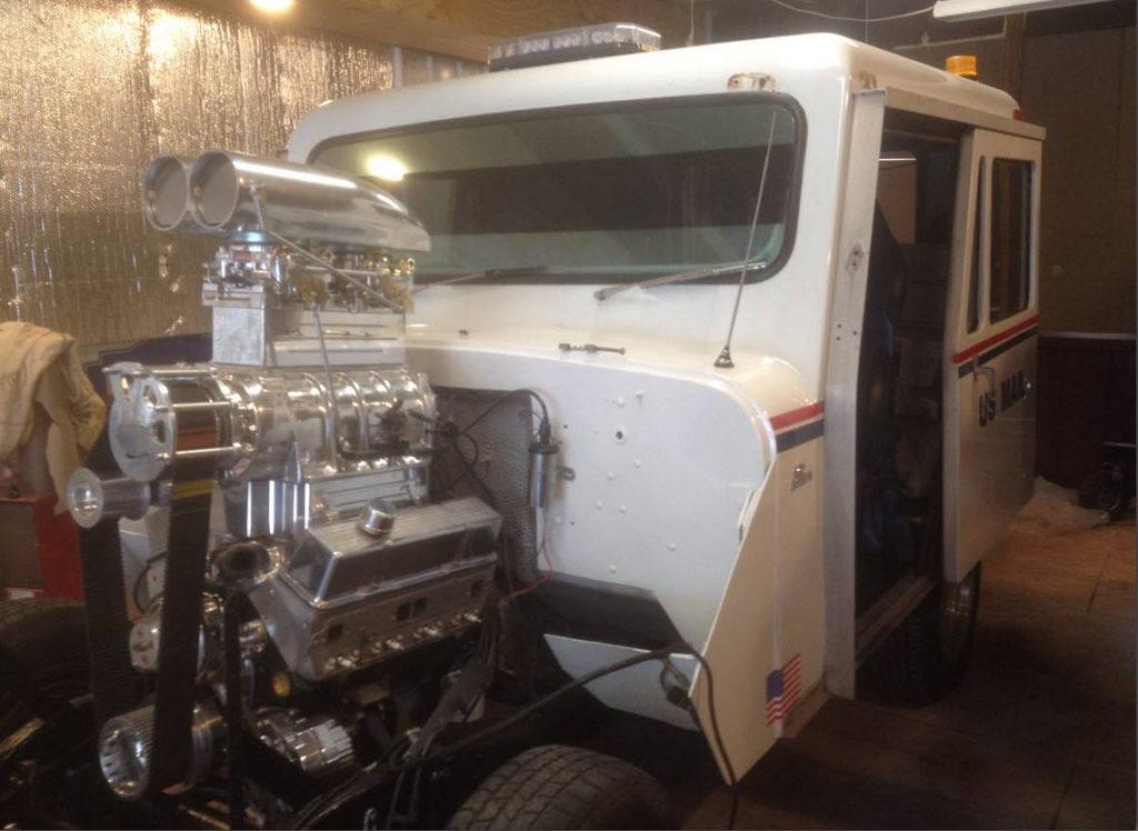 dirtyoldcars.com   Mail Truck Hot rod Blower motor  3